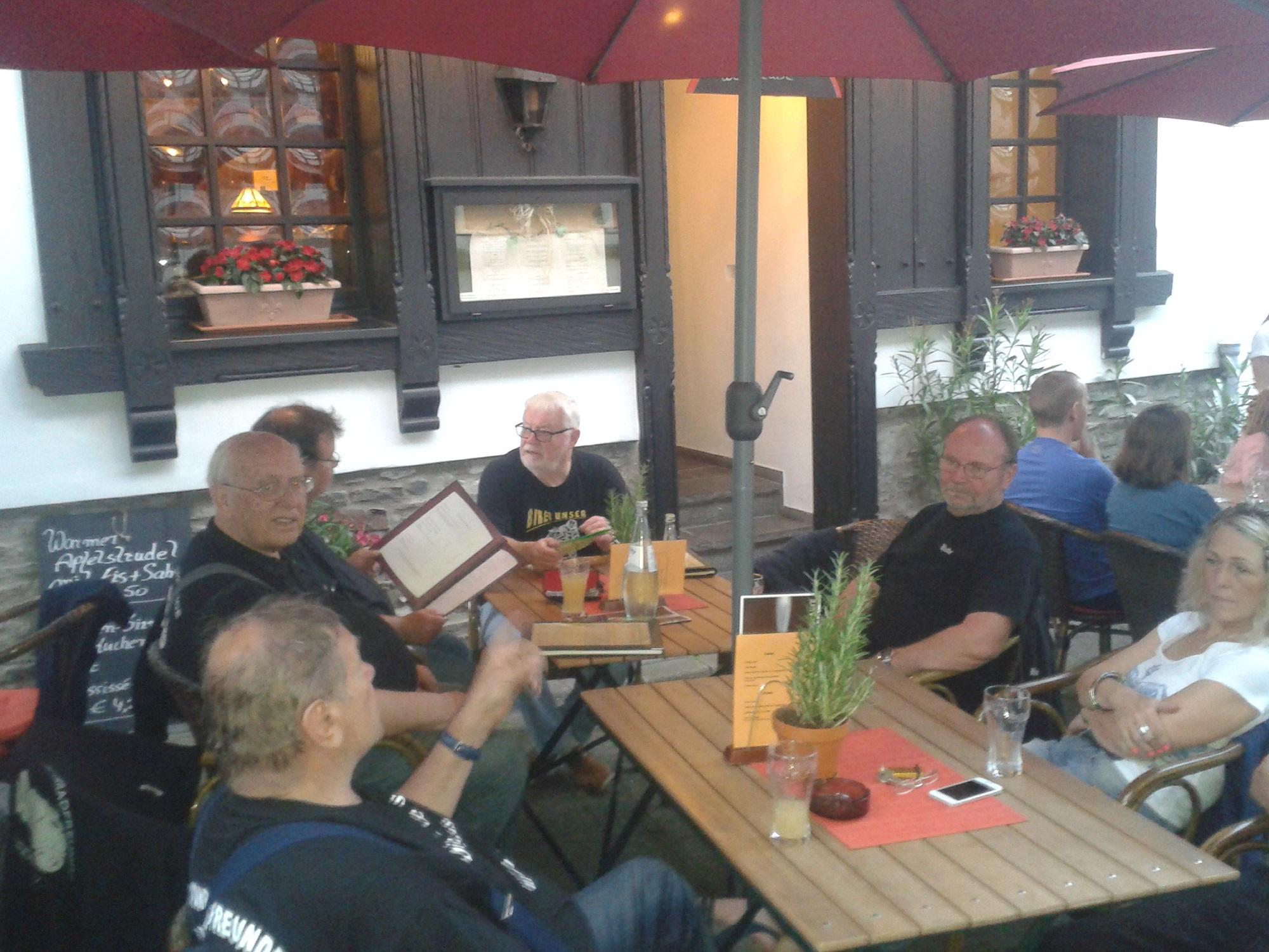 Mittagspause am Deutschen Eck