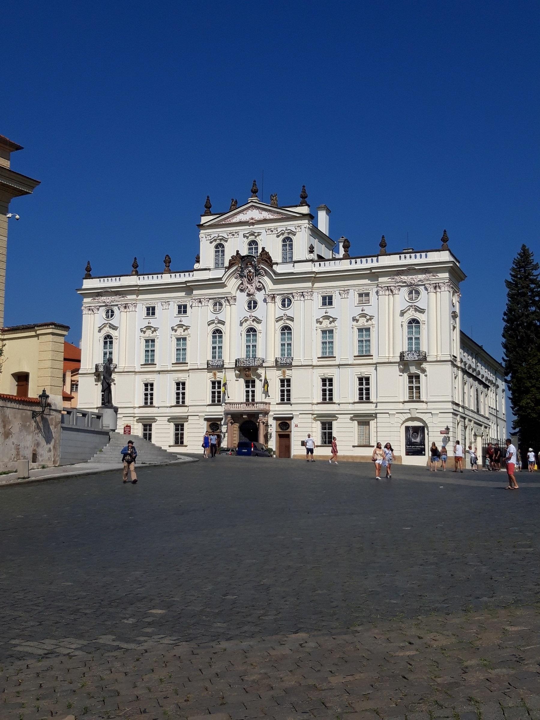 Sitz des Bischof von Prag