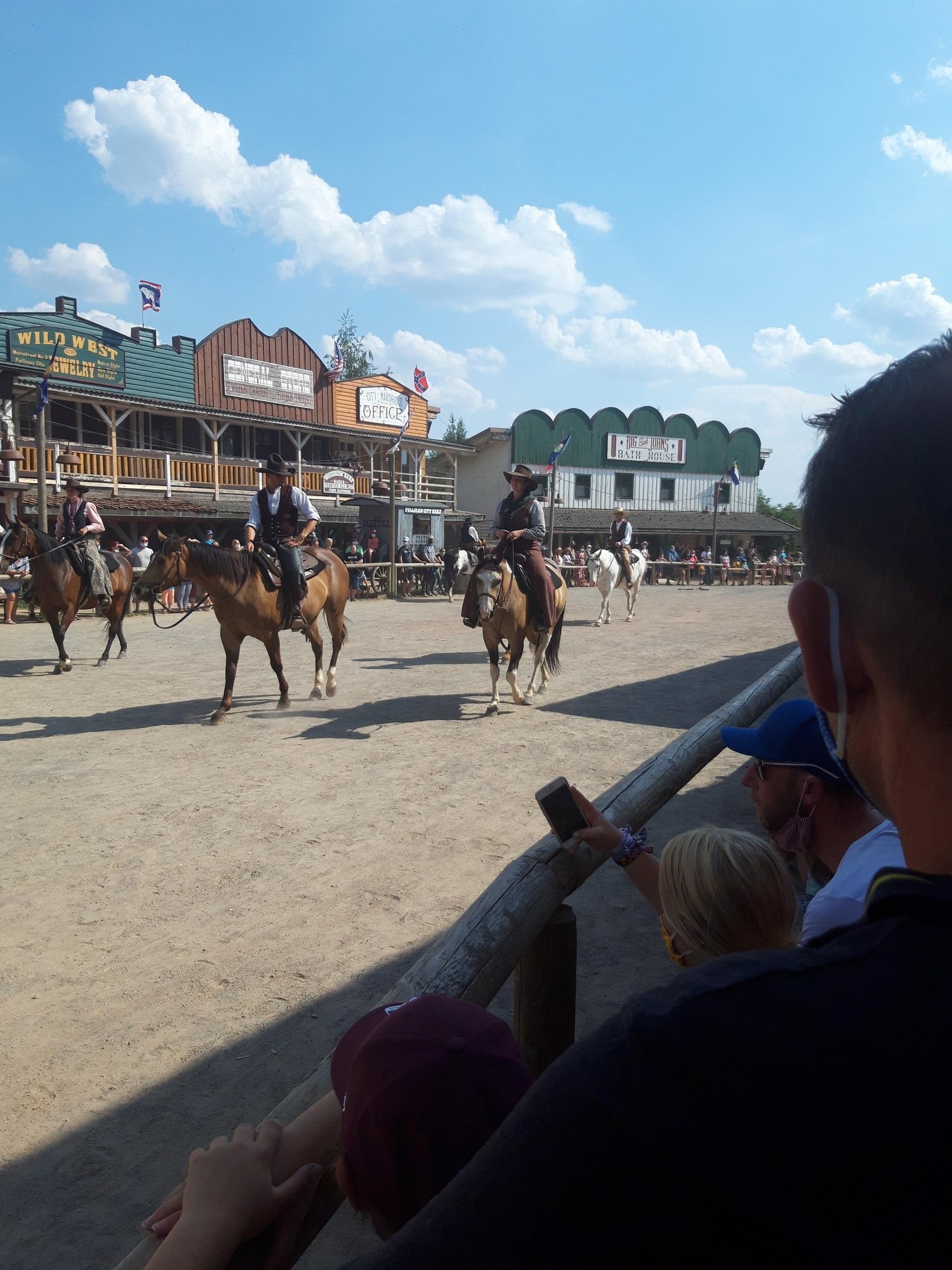 Cowboys auf der Mainstreet.